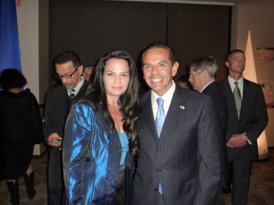 with-Antonio-Villaraigosa-Mayor-of-Los-Angeles